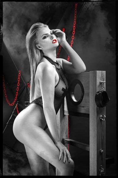 schwarzer Body DDHarmonia001 von Demoniq Dark Desire Collection